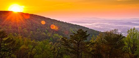 Perfect Sunrise!  Shenandoah National Park: Sunrise (David Anhold)