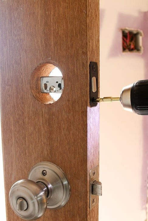 How And Why You Should Install A Smart Lock On Your Door With Images Installation Smart Lock Doors