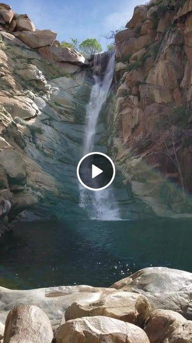 Maravilhas do mundo cachoeira na rocha