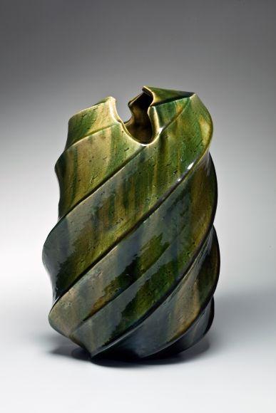 Kato, Yasukage, Kato Yasukage, japoneses, cerámica, contemporáneo, Oribe, verde, esmaltado, gres esmaltado, gres, buque, florero, torsión, diagonal 2007