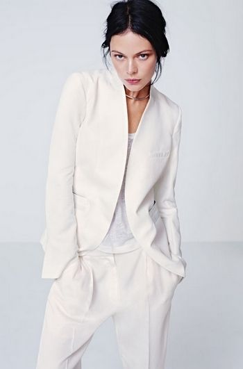 THE PERFECT WHITE SUIT