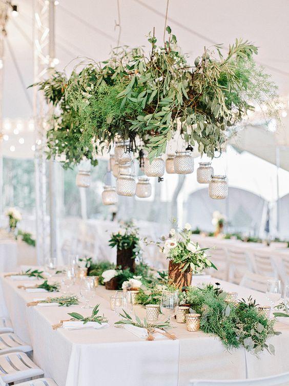 Mossy light green leaves | fabmood.com