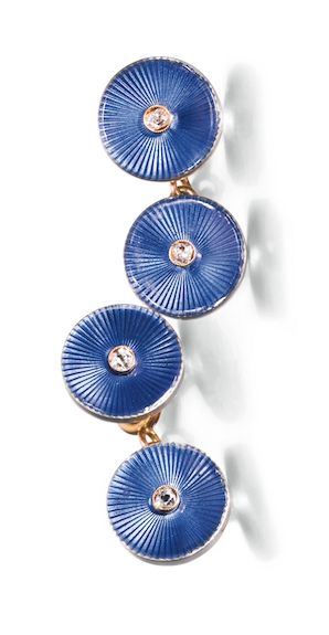 A PAIR OF FABERGÉ JEWELLED GOLD AND ENAMEL CUFFLINKS, WORKMASTER AUGUST HOLLMING, ST PETERSBURG, 1908-1917