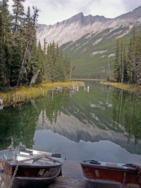 """Traumhaft: Beaver Lake im Jasper Nationalpark aus dem Buch """"Der perfekte Urlaub: Einmal quer durch Kanada - Eine Reise zwischen unberührter Natur und Großstadtflair"""" von Alexander & Cindy Fischer http://grin.to/OdI3W"""