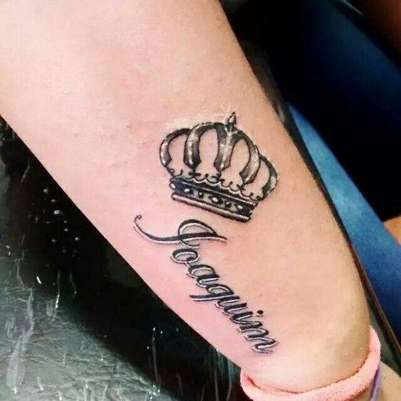 Tatuajes De Coronas Hombre Mujer Tatuajes De Nombres Tatuaje De Corona Tatuajes Impresionantes
