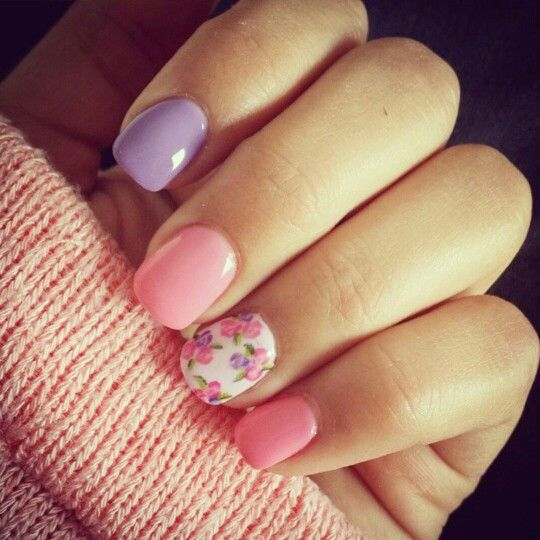 Nail Arts By Rozemist Cath Kidston Vintage Inspired: CND Shellac Manicure In Pretty Pastels With Floral Nail