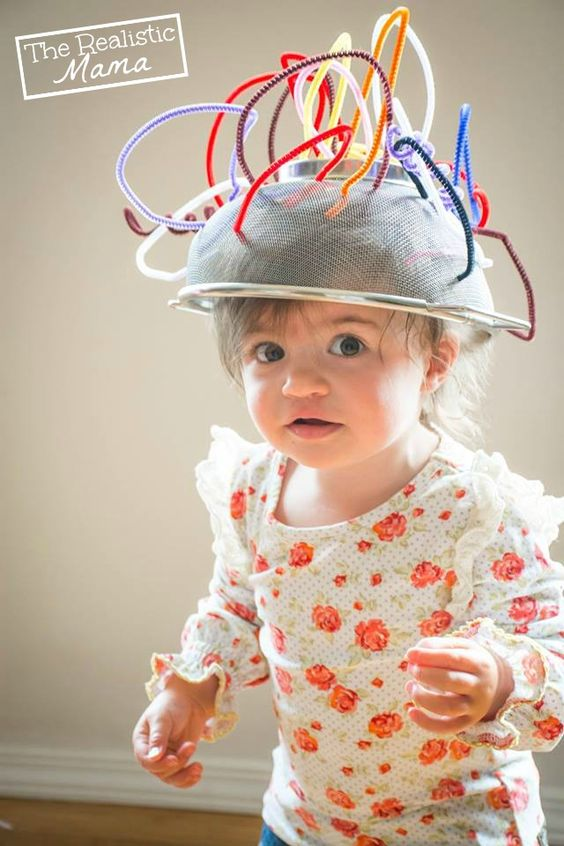 Fine motor pipe cleaner crafts including a robot helmet the kids will love!