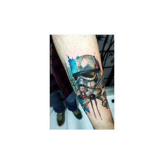 Top 14 des tatouages Star Wars plutôt classes, le style est avec eux ❤ liked on Polyvore featuring tops, t-shirts, blue t shirt, blue top and blue tee