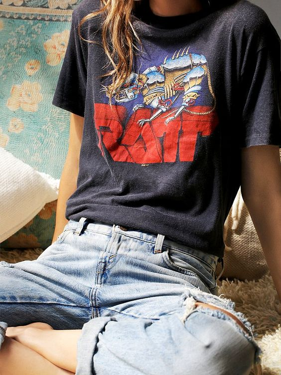 Vintage band tees and denim are old friends and for good reason.