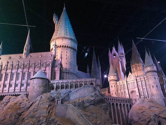 Pin By Helena Aspelund On Auglysingar Harry Potter Studio Tour Days Out In London Harry Potter Studios