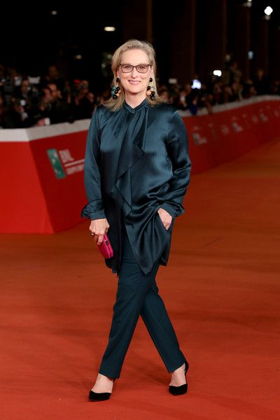Meryl Streep Photos - Meryl Streep walks a red carpet for 'Florence Foster Jenkins' during the 11th Rome Film Festival at Auditorium Parco Della Musica on October 20, 2016 in Rome, Italy. - 'Florence Foster Jenkins' Red carpet - 11th Rome Film Festival