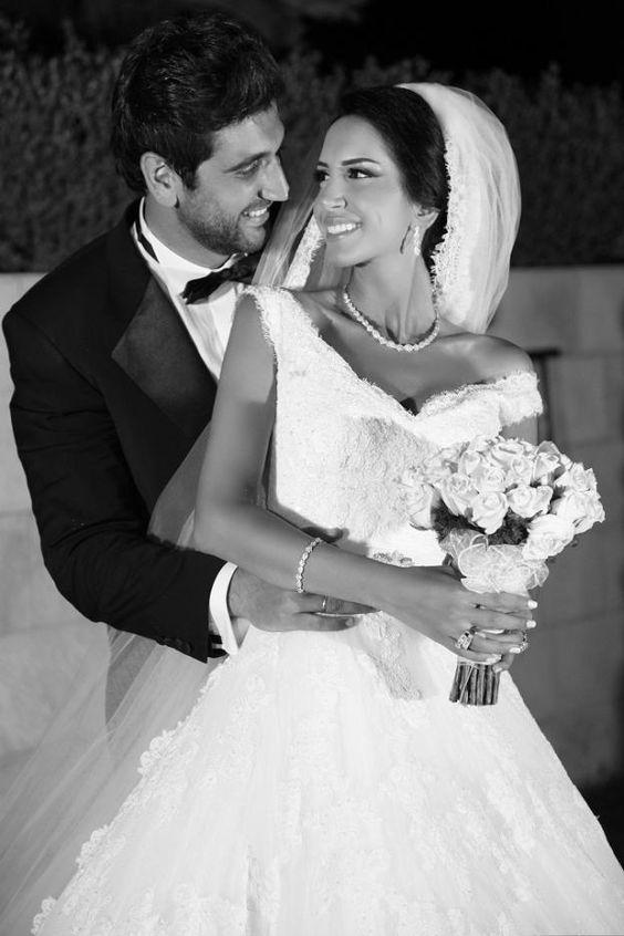 Wedding Bride And Groom Poses