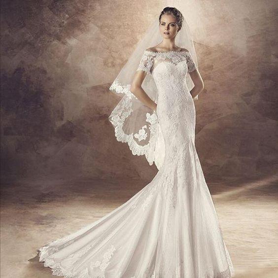 NOVIDADE!!! Acabamos de receber os maravilhosos vestidos da coleção Avenue Diagonal 2016.  Venha encontrar o seu! Tel:(31)32013633 #pronovias #lunoivas #casamento #vestidodenoiva #avenuediagonal #noivasbh #whiteone