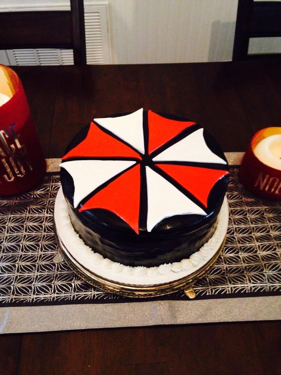 Cake Art Reddit : #ResidentEvil Cake Art via Reddit user DontTrustTheChef ...