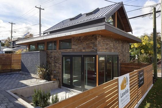 Modern 800 Sq. Ft. Laneway Home in Vancouver 0011