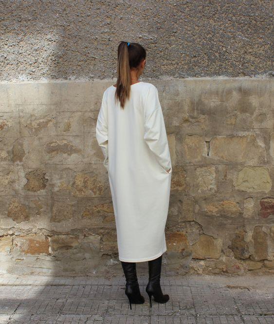 Creamy Maxi Dress Caftan Plus size dress by cherryblossomsdress
