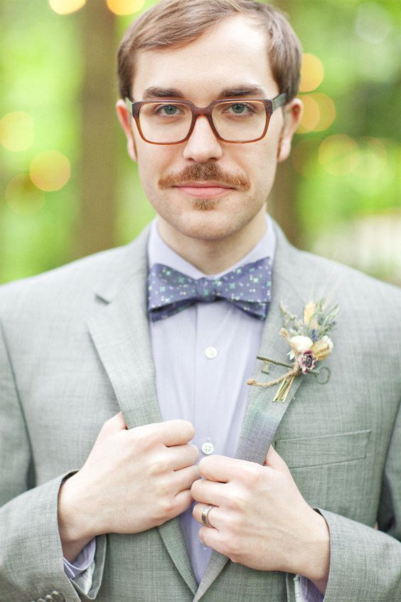 a dapper Groom with a side of hipster cool  Photography by amandakphotoart.com