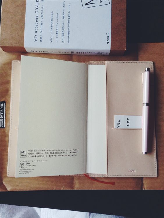 Waterman fountain pen, Fountain pens and Notebooks