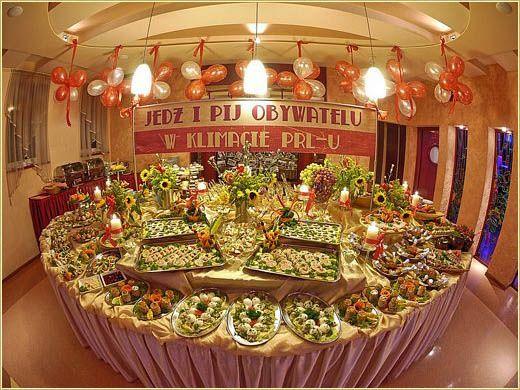 Znalezione Obrazy Dla Zapytania Impreza W Stylu Prl Dekoracje Table Decorations Decor Home Decor
