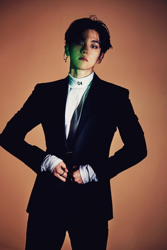 baekhyun monster exo.. wow he's hot || for more kpop, follow @helloexo (: she follows back!