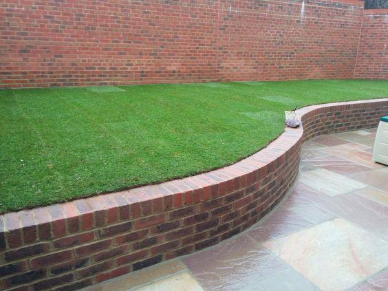 Fantastic Garden Path And Border Idea Brick Wall Gardens Landscaping Retaining Walls Brick Garden