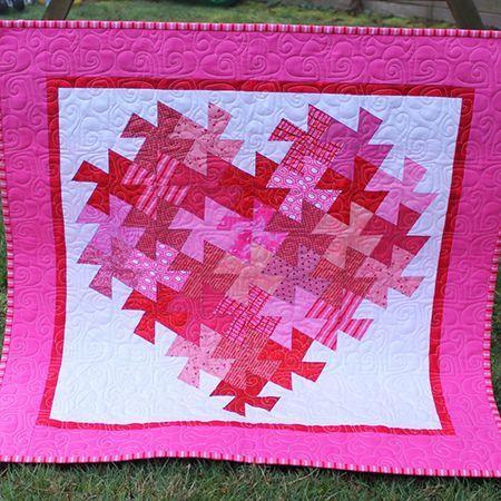 Twisting Heart Valentine Quilt: