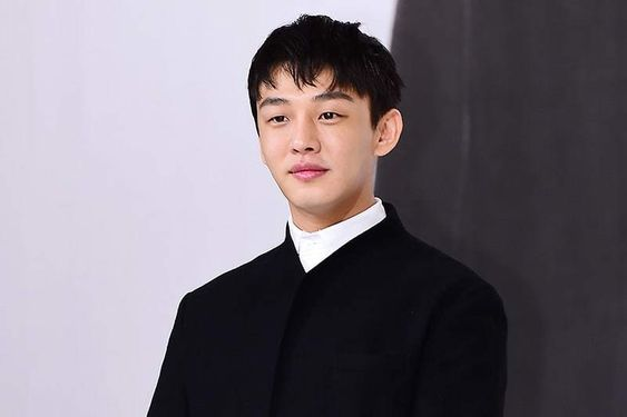 Yoo Ah In Gives Speech About Importance Of Remembering History Of Jeju Uprising