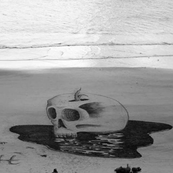 Artista crea #paisajes_3D en la #arena de la #playa #Jamie_Harkins #sand #3d_landscapes #beach