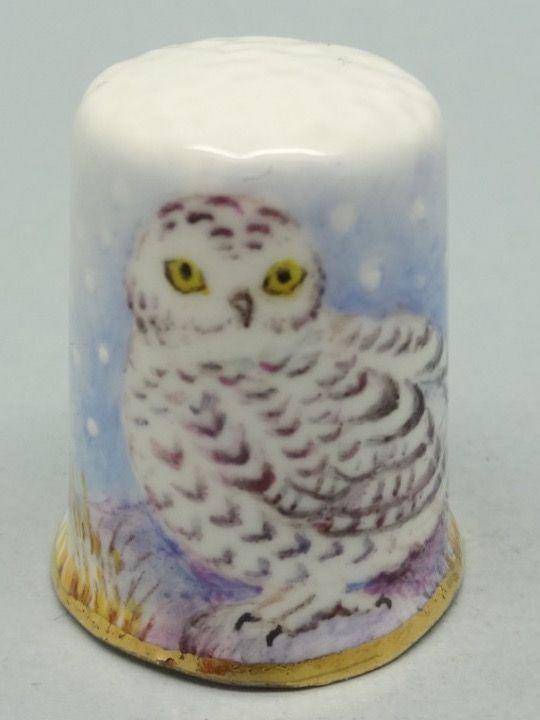 Snowy Owl-Buho Nival. Dunheved. Firmado D. Wilson. Thimble-Dedal-Fingerhut.