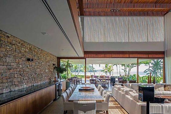 a casa JAQ, no Rio de Janeiro. Projeto de Bernardes + Jacobsen. #arquitetura #arte #art #artlover #design #architecturelover #instagood #instacool #instadesign #instadaily #projetocompartilhar #shareproject #davidguerra #arquiteturadavidguerra #arquiteturaedesign #instabestu #decor #architect #criative #photo #decoracion #glass #landscape #vidro #paisagem #SP #bernardes #jacobsen #JAQ