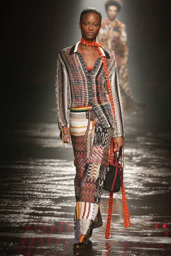 FULL COLLECTION: MISSONI FALL WINTER 2018 WOMENSWEAR Ready-To-Wear Collection – Available Now at Bergdorf Goodman | via @FashionWeekPro #Sponsored #Runway #Fashion #Style #Couture #FashionWeek #Ad #FashionBlogger #Style #RTW #Missoni #BergdorfGoodman #Bergdorfs | Fashion Week
