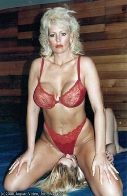 Mature female wrestlers in porn