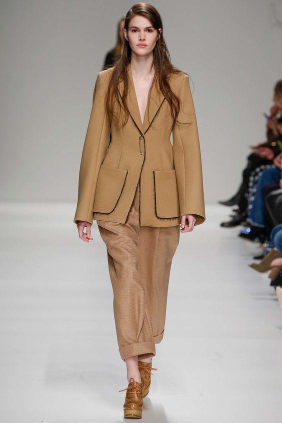 Sportmax Fall 2015 Ready-to-Wear Fashion Show -  Vanessa Moody