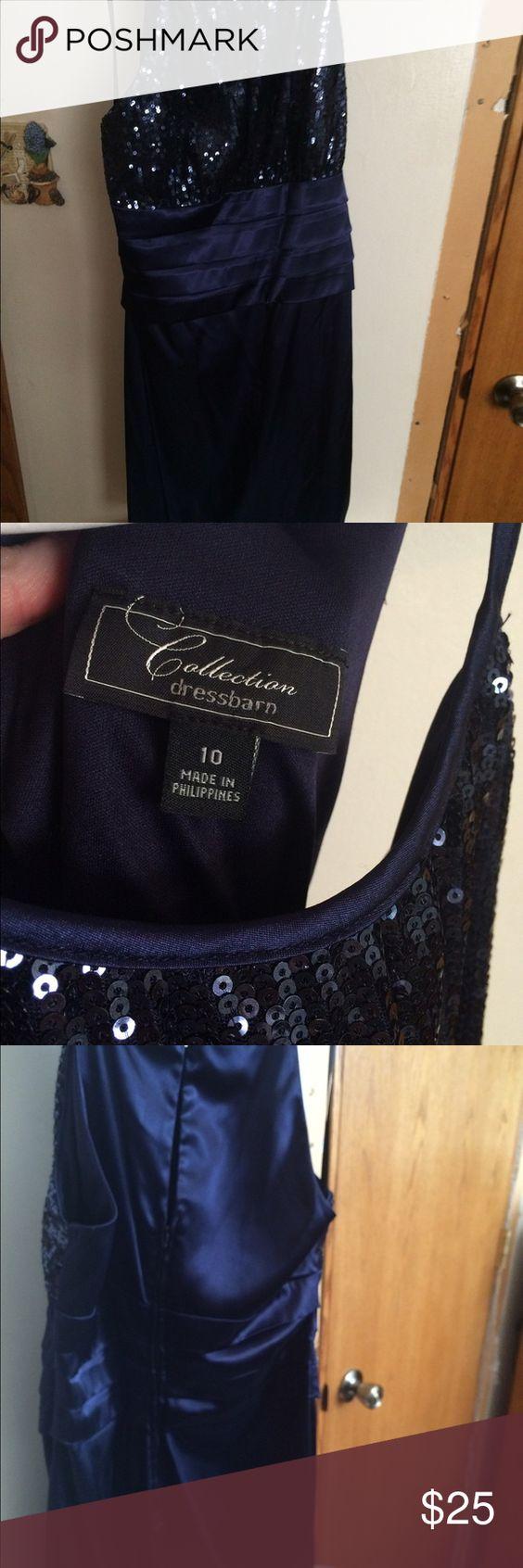 Blue dress. Worn to a wedding once!! Dark blue with sparkles. Dresses Midi