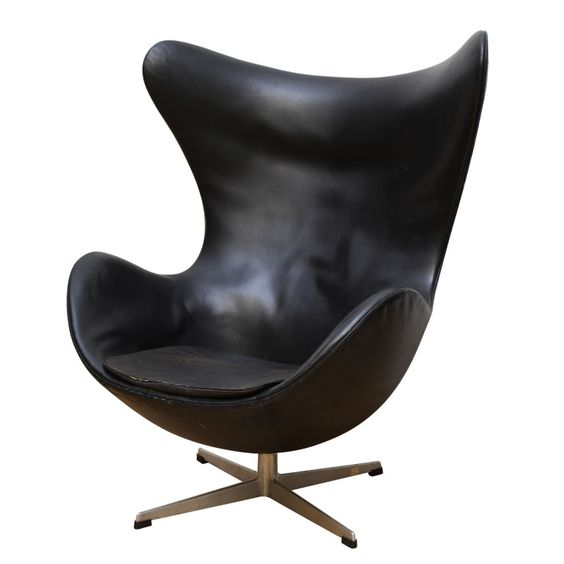 vintage egg chair in original black leather by arne jacobsen armchairs 1960s and chairs. Black Bedroom Furniture Sets. Home Design Ideas