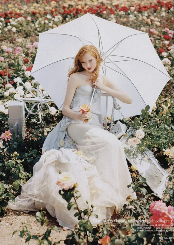 Lily Cole.Second prettiest girl ever.First is Allison Harvard.: December 2004, Lily Cole, Vogue Uk, Tim Walker, Wedding Dress, Fashion Editorial, Uk December, Fairytale