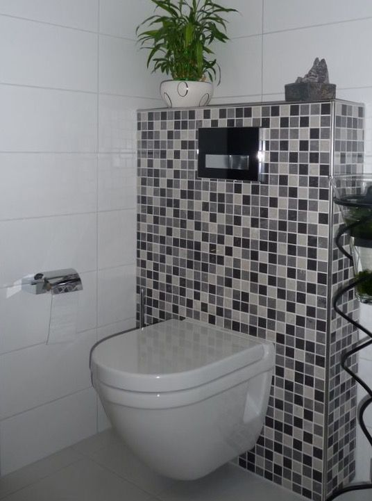 Alternatief is om het reservoir beneden met mozaiek cesi riflessi glans vela 2 5x2 5 te - Wc mozaiek ...