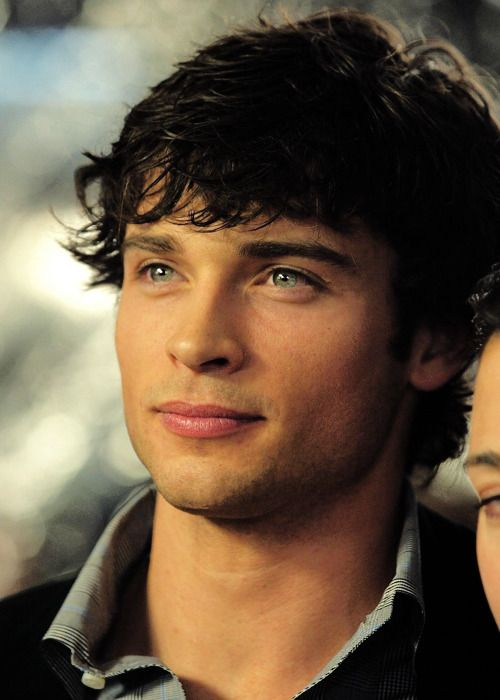 Tom Welling Black Hair Blue Eyes Black Hair Celebrities