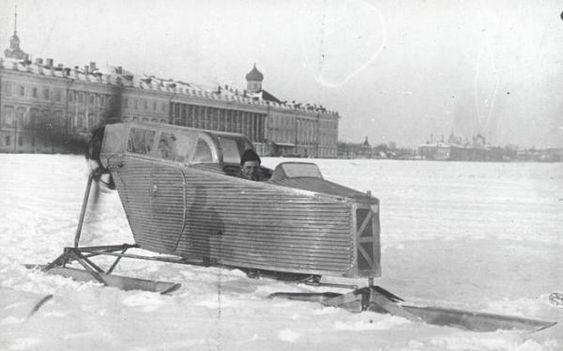 Motoneiges soviétiques insolites