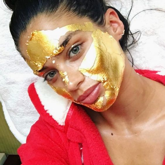 Everything To Know About The Gold Collagen Face Mask