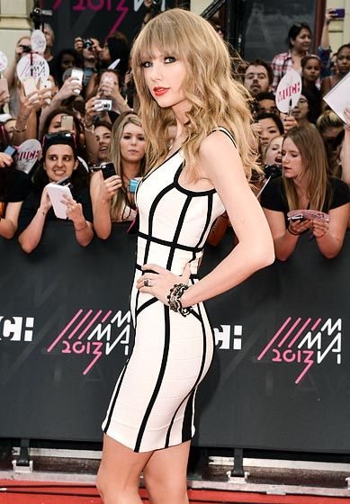 I'm not ashamed. I love her. She's only 22 and her fashion sense and style are simply breathtaking.