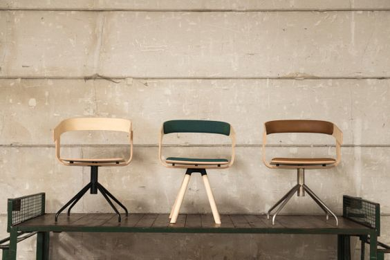 BuzziFloat Chair by Belgian designer Alain Gilles for BuzziSpace