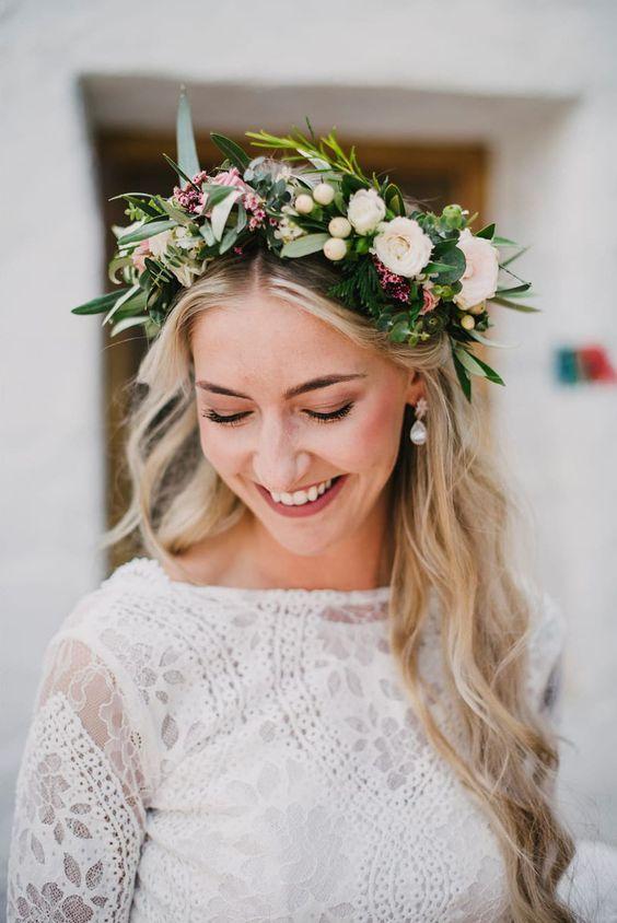 55 Glamorous Wedding Hairstyles For Spring Time Brides Flower Girl Hairstyles Glamorous Wedding Hair Wedding Hair Flowers