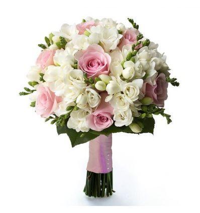 Buchet Mireasa Cu Trandafiri Roz Pal Si Frezii Albe Buchete