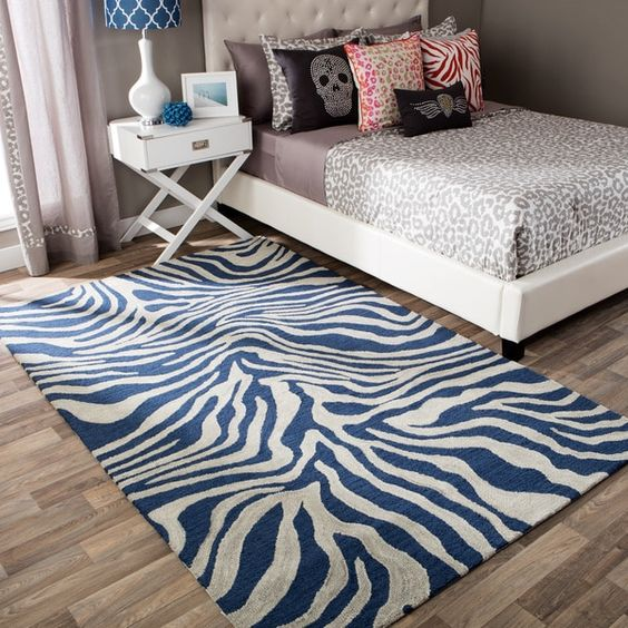 Andrew Charles Snow Leopard Collection Zebra Navy Area Rug (8' x 10')