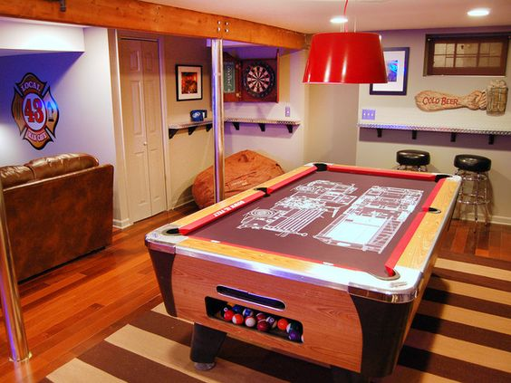 Garage Man Cave With Pool Table : Man caves pool tables and bars