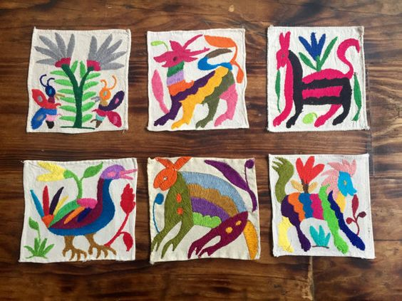 Set of 6 coaster handembroidered by the Otomi by UniqueWorldDesign