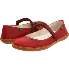 So fun for a casual summer pair! With capris or cuffed pants! By El Naturalista!