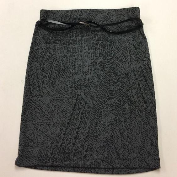 cute skirt w belt  cute skirt w belt  size M Xhilaration Skirts