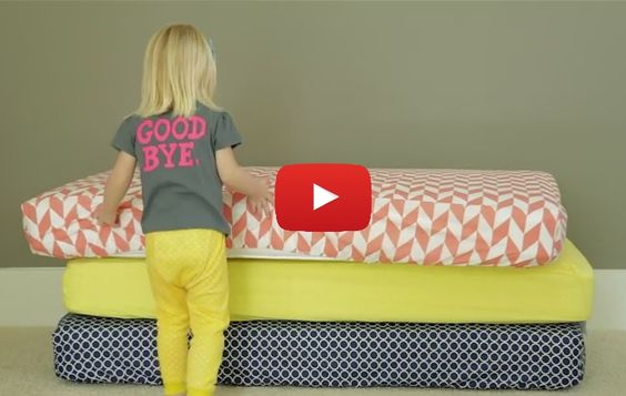 Crib sheets are ultra easy to make and only require 2 yards of fabric. Learn how to make your own in this crib sheet tutorial by Dana from Made. -Sewtorial